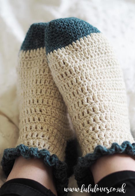 Lululoves: Crochet Ruffle Socks